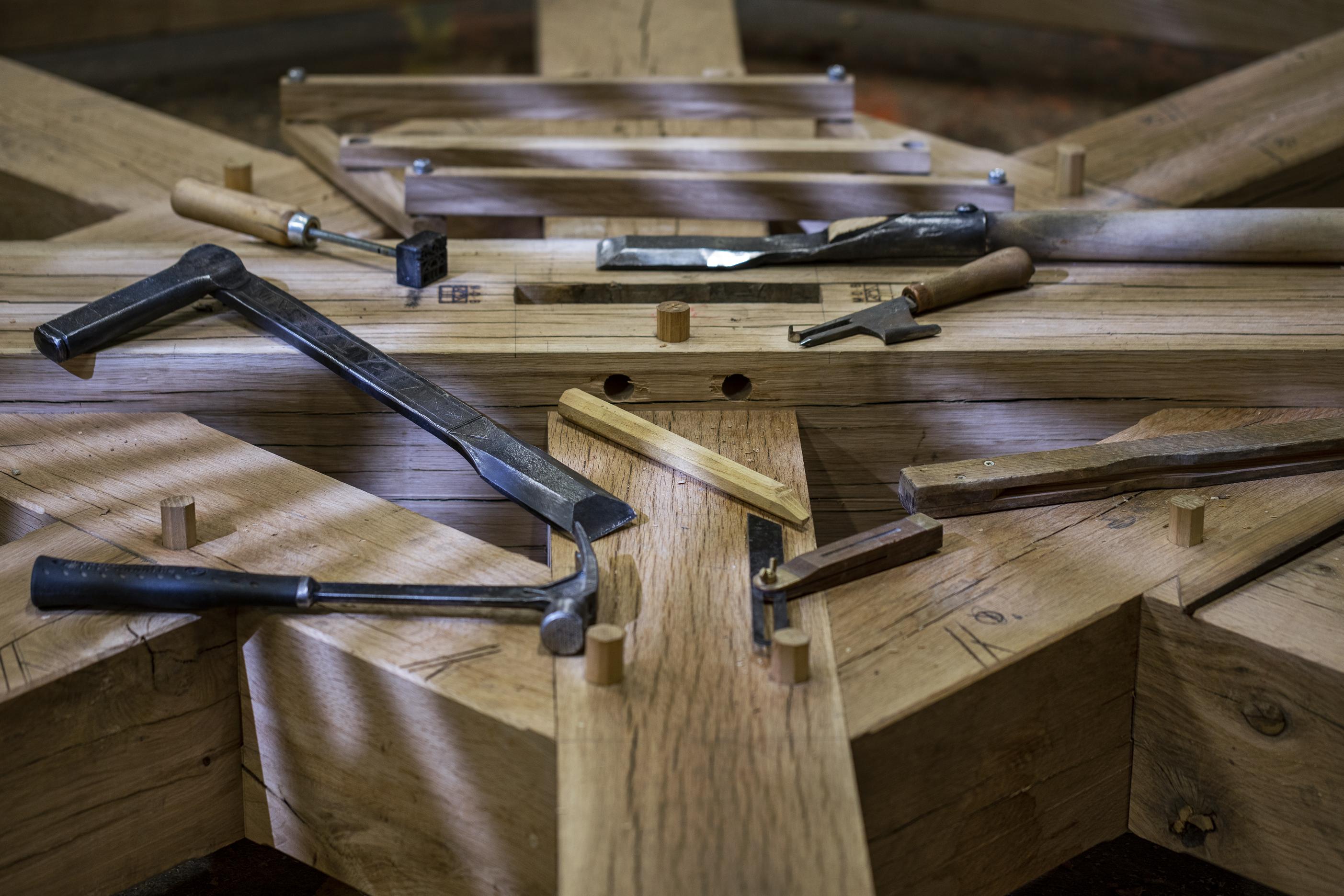 restauration charpente bois monuments historiques
