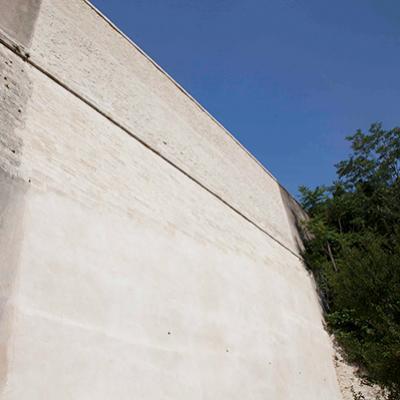 Mur d'enceinte du fort Vauban - Nîmes